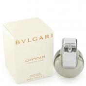 Bvlgari Omnia Crystalline Gift Set 2.2 oz Eau De Toilette Spray + 2.5 oz Body Lotion + 2.5 oz Shower Gel + Toiletry Bag